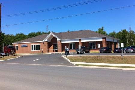 4-lawrence-blvd-stellarton-bldg